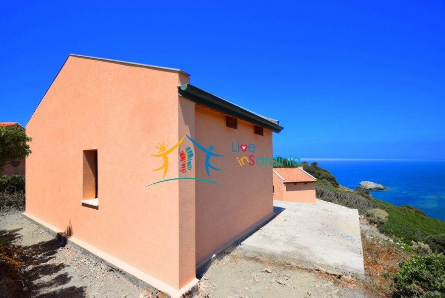 Sea Front Villas for Sale in 18 Ha Park Near Alghero, North West Sardinia