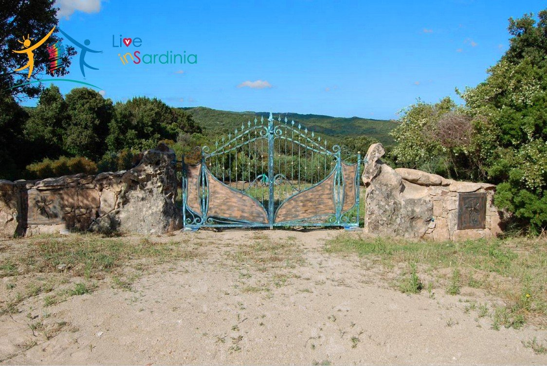 Unfinished Villas On Panoramic Plot for Sale Near Santa Teresa Di Gallura, Northern Sardinia