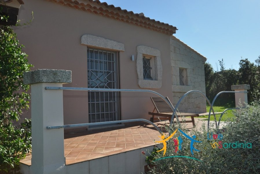 STUNNING COUNTRY HOME WITH 10000 M2 LAND FOR SALE NEAR PORTO ROTONDO ,NORTH EAST SARDINIA