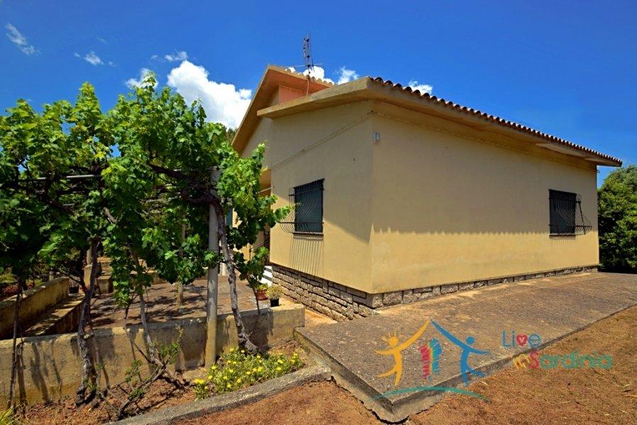 Attractive 110 m2 Villa for Sale in San Pantaleo near Porto Cervo, North East Sardinia