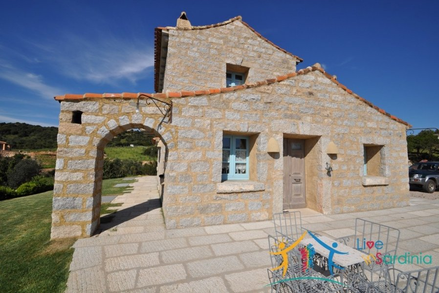 Traditional Villa With 12000 M2 Land for Sale in Porto Cervo, North East Sardinia