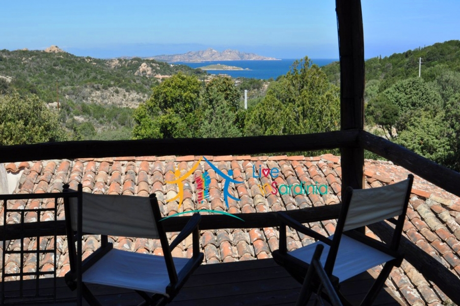 Gracious Villa With Sea Views for Sale in Liscia Di Vacca