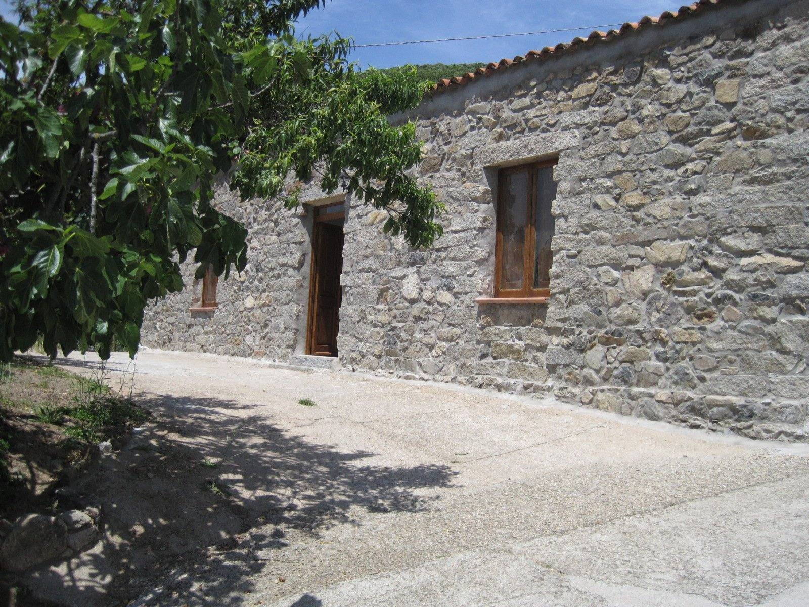 Restored 162 M2 Traditional Homes With 1000 M2 Land for Sale in Bortigiadas, North East Sardinia