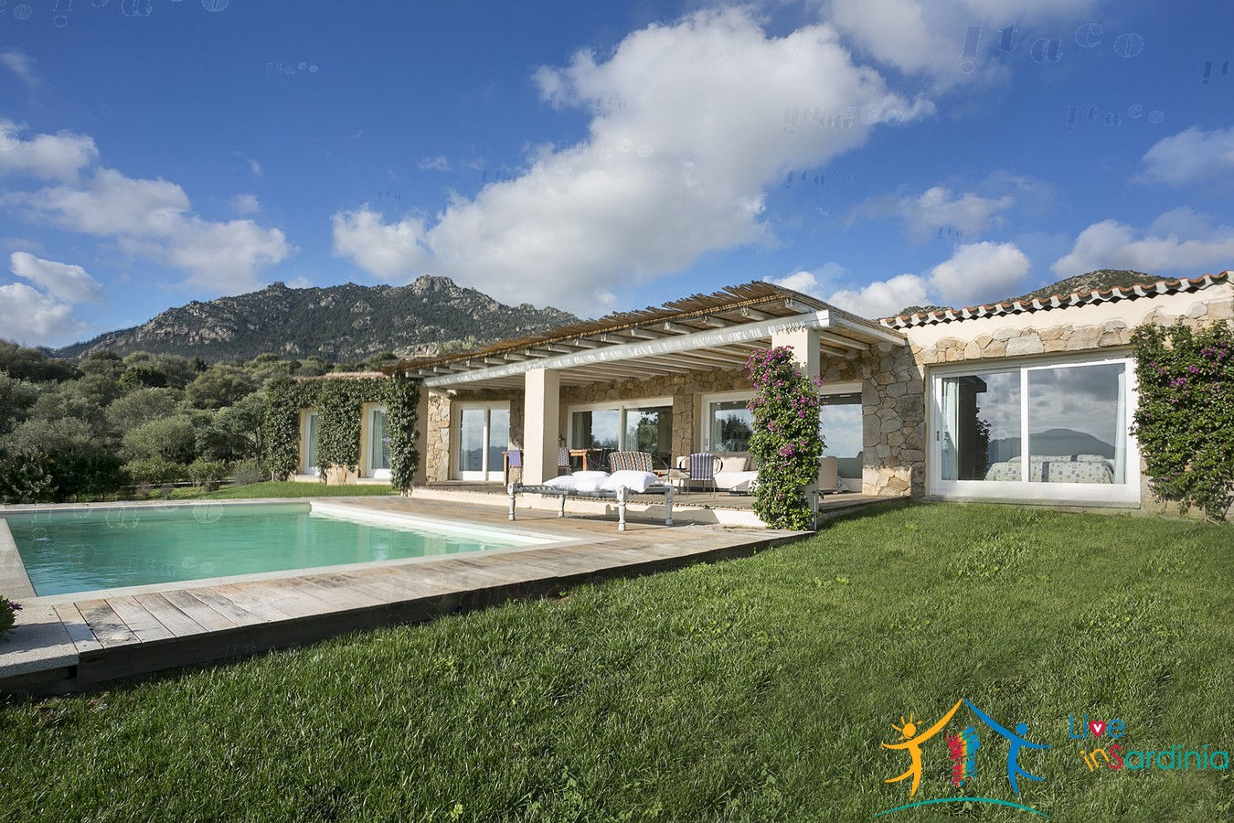 Stunning Country Home For Sale San Pantaleo With pool