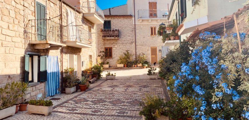 Properties  for sale Aggius Sardinia ref. Lu Palazzu di Ninni